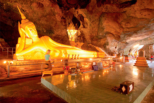 Национальный парк Кхао Сок. Храм Suwankuha.