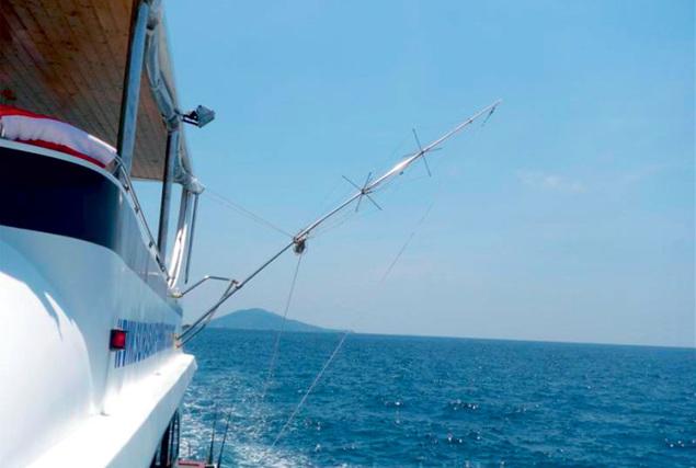 Рыбацкая лодка Флайин Фин (Б19). Аренда лодок на Пхукете.