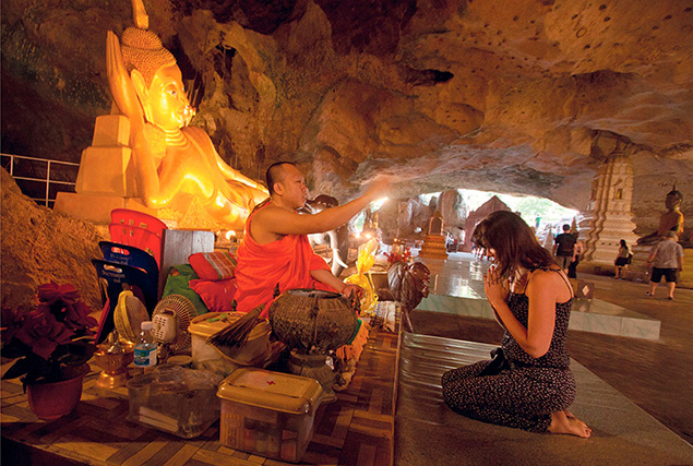 Национальный парк Као Лак. Храм Suwankuha (Monkey Cave)