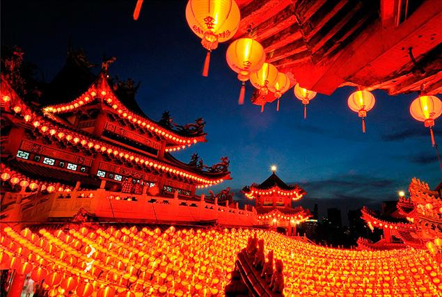 Туры в Малайзию из Пхукета.  Китайский храм.