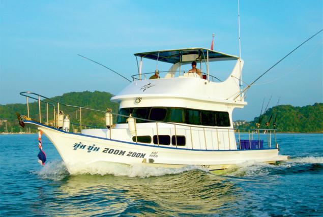 Рыбацкая лодка Зум-Зум. Аренда лодок на Пхукете.