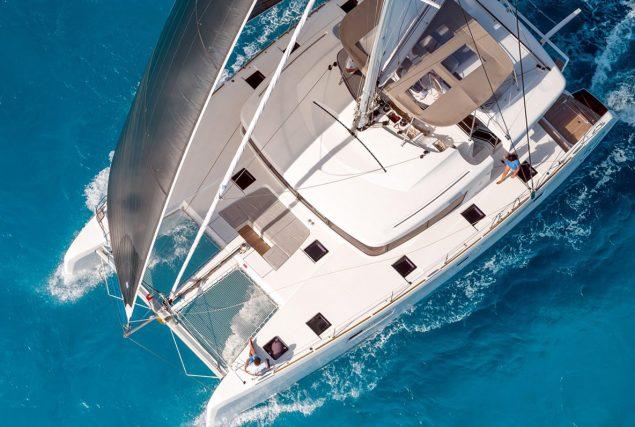 Яхта Lagoon 450